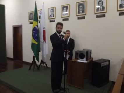 diplomacao-borda-e-tocos-2