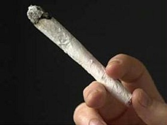 4 cigarro-maconha